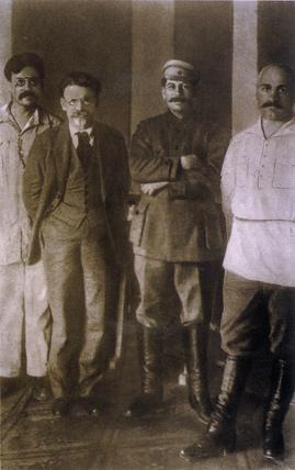 Grigorii Petrovsky no longer standing next to Josef Stalin